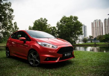 Ford Fiesta ST driven