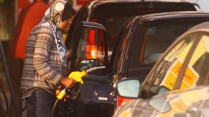 pump petrol