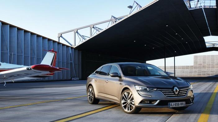Renault launches Talisman, replacing laggard Laguna