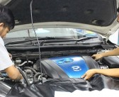 25 Mazda apprentices graduate