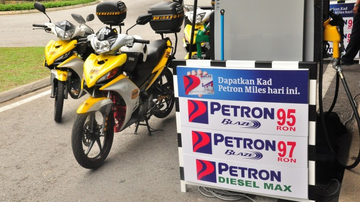 Petron fuels Workshop on Wheels along PLUS Highway