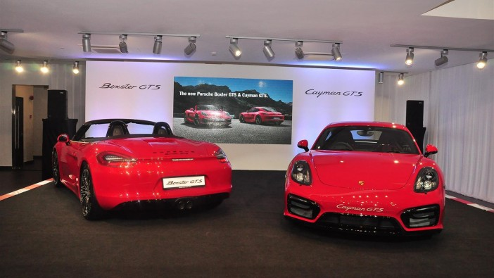 Porsche Boxster GTS and Cayman GTS enter