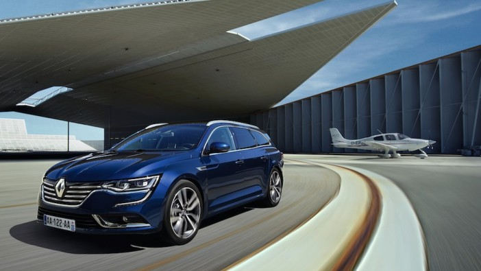 Renault Talisman Estate breaks cover