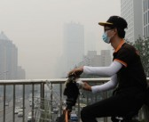 Beijing to limit cars, factories to ensure clean air for war anniversary