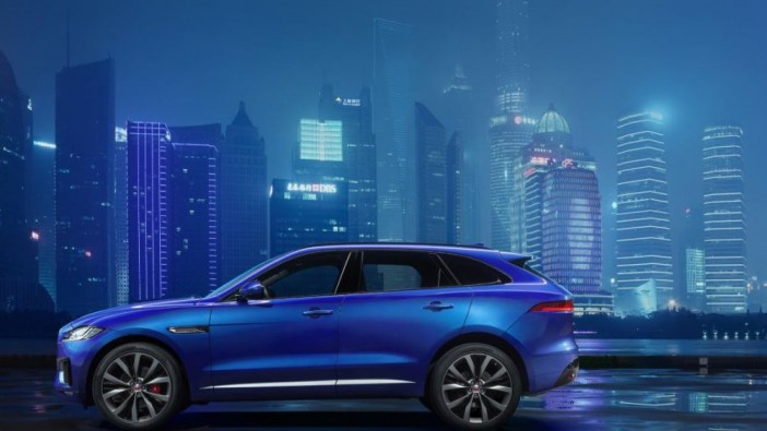 Jaguar previews F-Pace ahead of Frankfurt