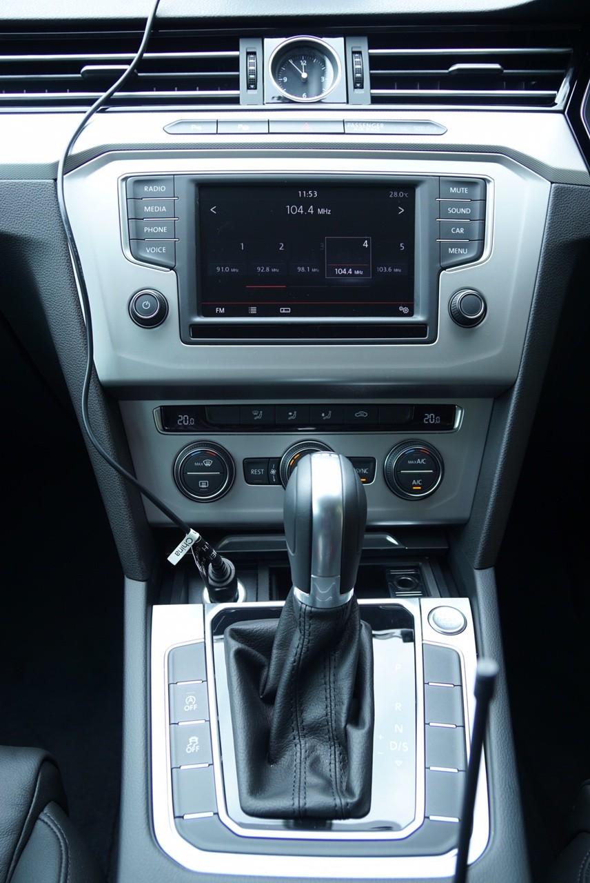 2016 VW Passat Comfortline2